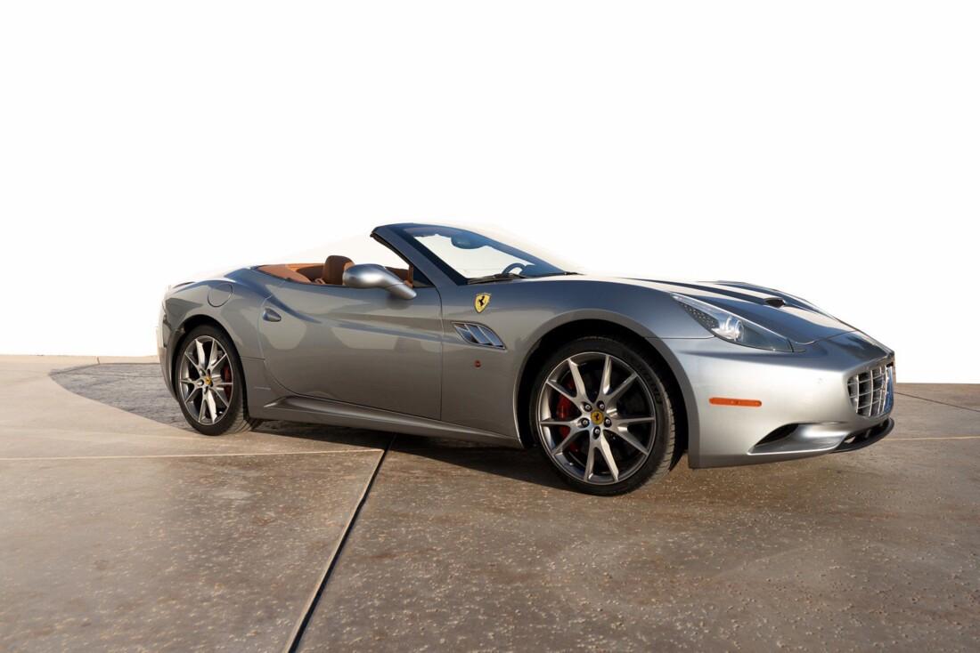 2012 Ferrari  California image _614d77be878d26.39958140.jpg