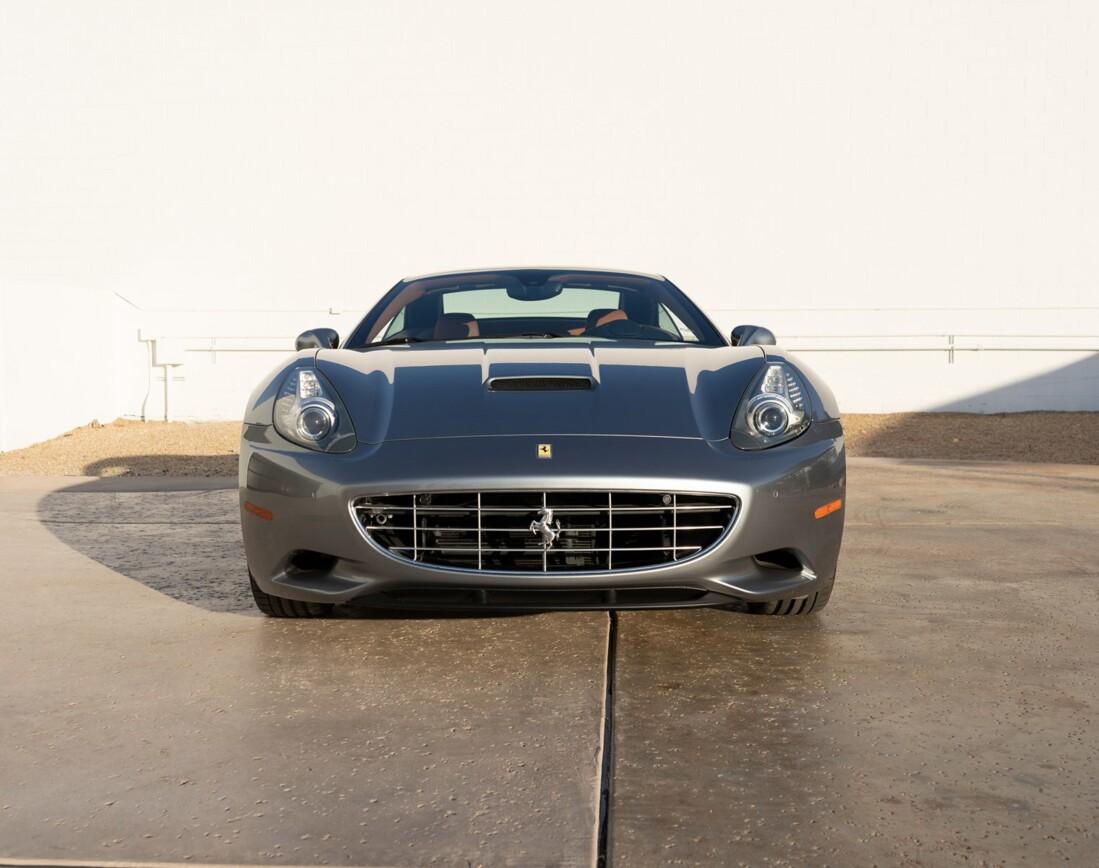 2012 Ferrari  California image _614d77c00f3c86.78969878.jpg