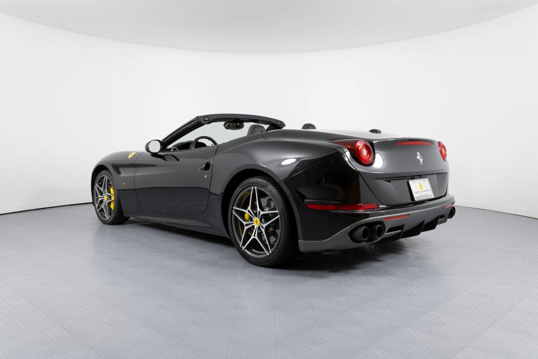 2017 Ferrari  California T image _614d77dfd272b5.94643718.jpg