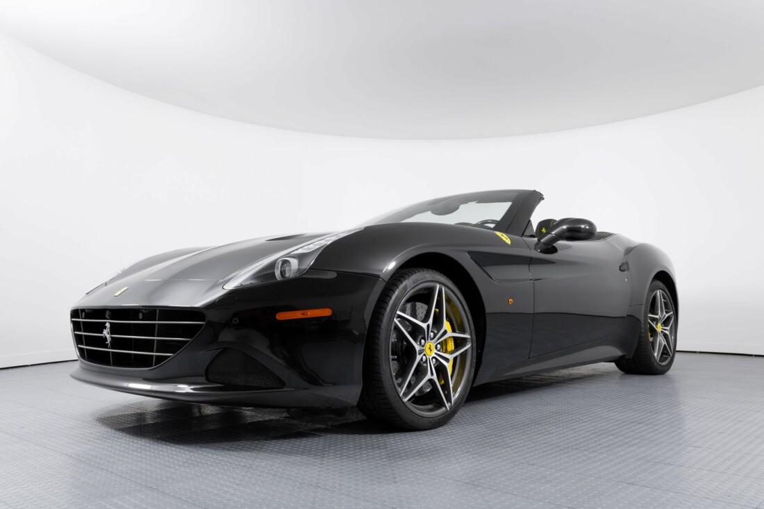 2017 Ferrari  California T image _614d77e4a7bc46.05740841.jpg