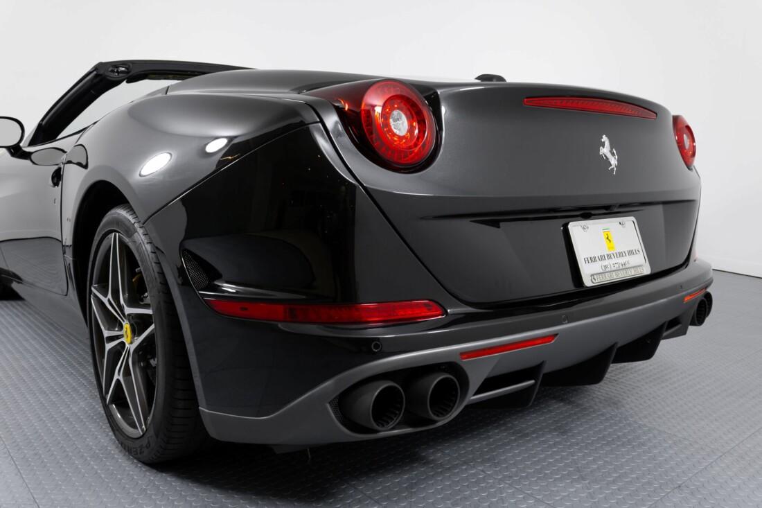 2017 Ferrari  California T image _614d77e75d1b43.59346103.jpg