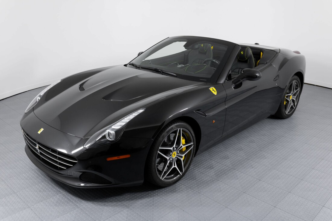 2017 Ferrari  California T image _614d77f3b37fd4.26300167.jpg