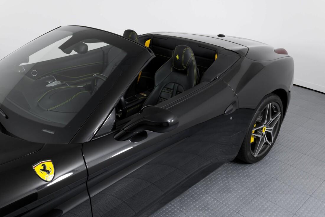 2017 Ferrari  California T image _614d77f80a6655.99008924.jpg