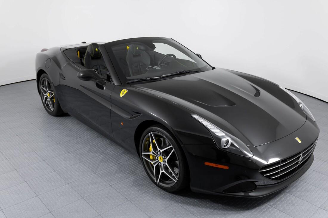 2017 Ferrari  California T image _614d77fbb12fd8.33967172.jpg