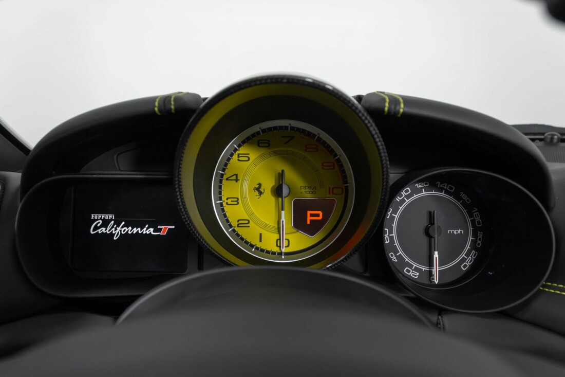 2017 Ferrari  California T image _614d78063460d5.02910540.jpg
