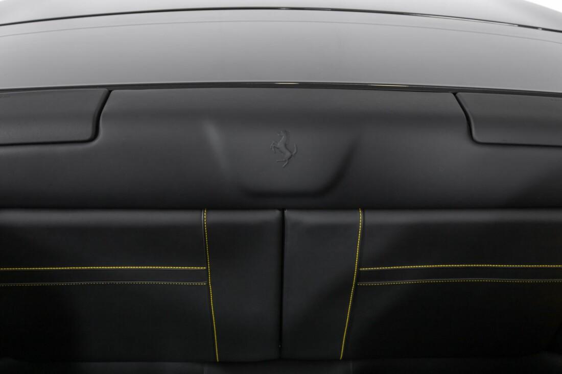 2017 Ferrari  California T image _614d780cc7b968.54274708.jpg