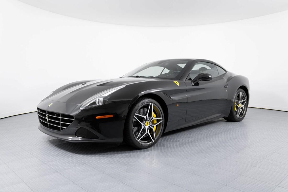 2017 Ferrari  California T image _614d78160185b5.89980119.jpg