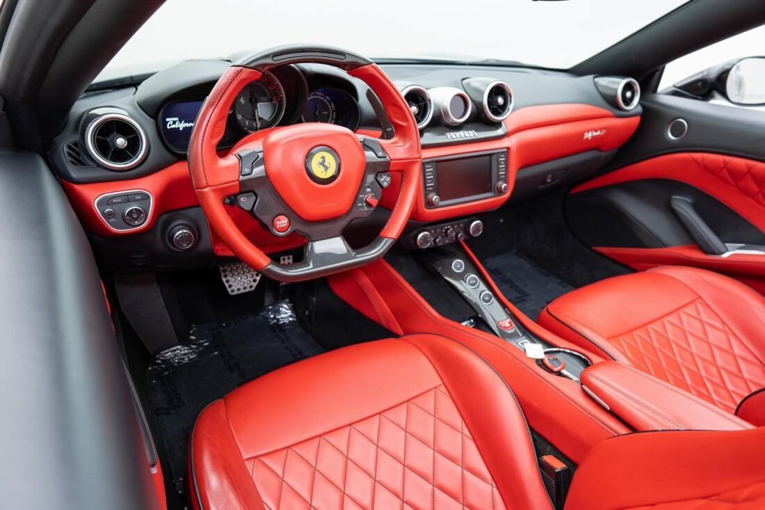 2016 Ferrari  California T image _614d78314219d5.35964145.jpg
