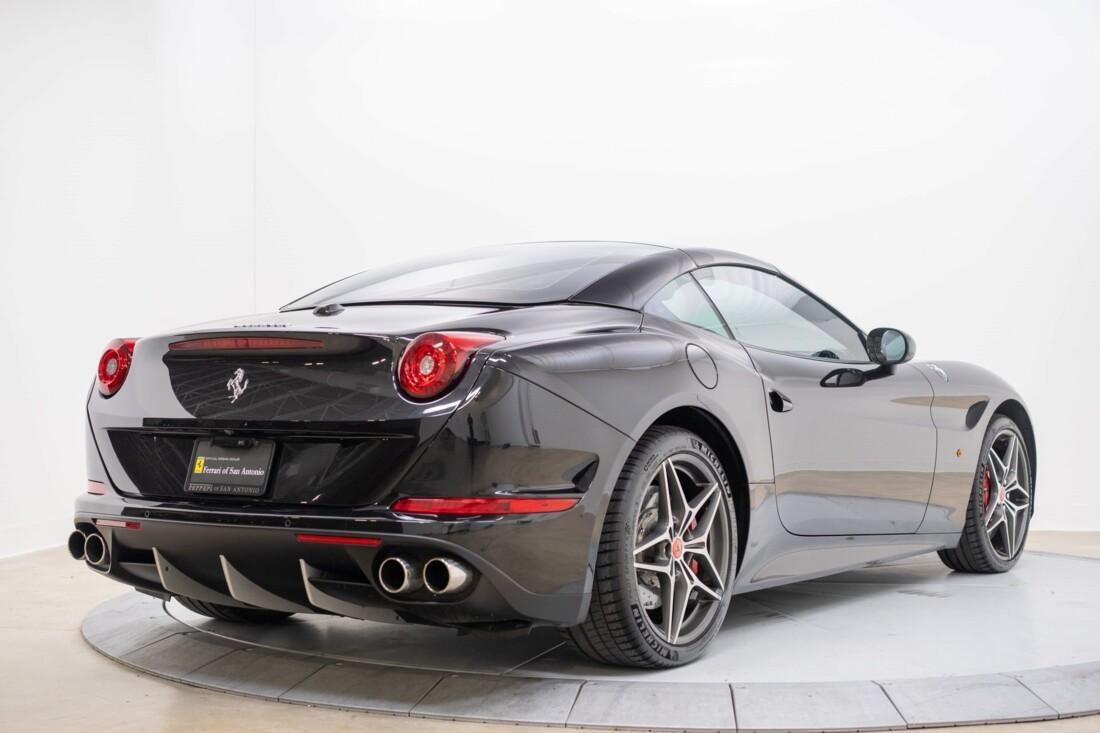 2016 Ferrari  California T image _614d7836bec163.42229771.jpg