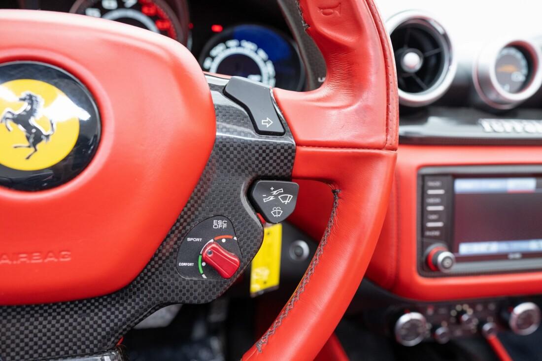 2016 Ferrari  California T image _614d7840289263.12971212.jpg