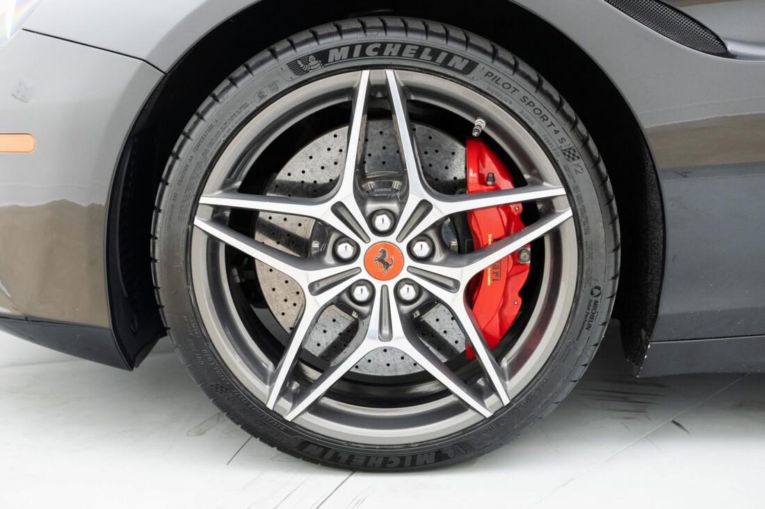 2016 Ferrari  California T image _614d7854b598e3.63288831.jpg