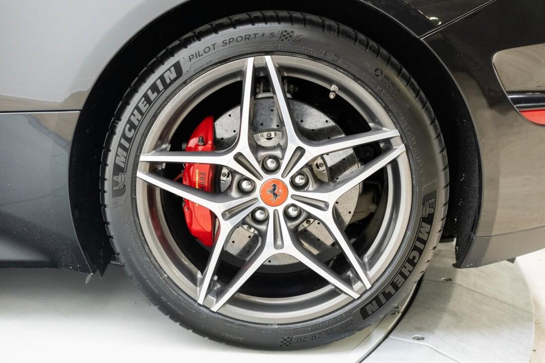 2016 Ferrari  California T image _614d7855cb2e25.51706300.jpg