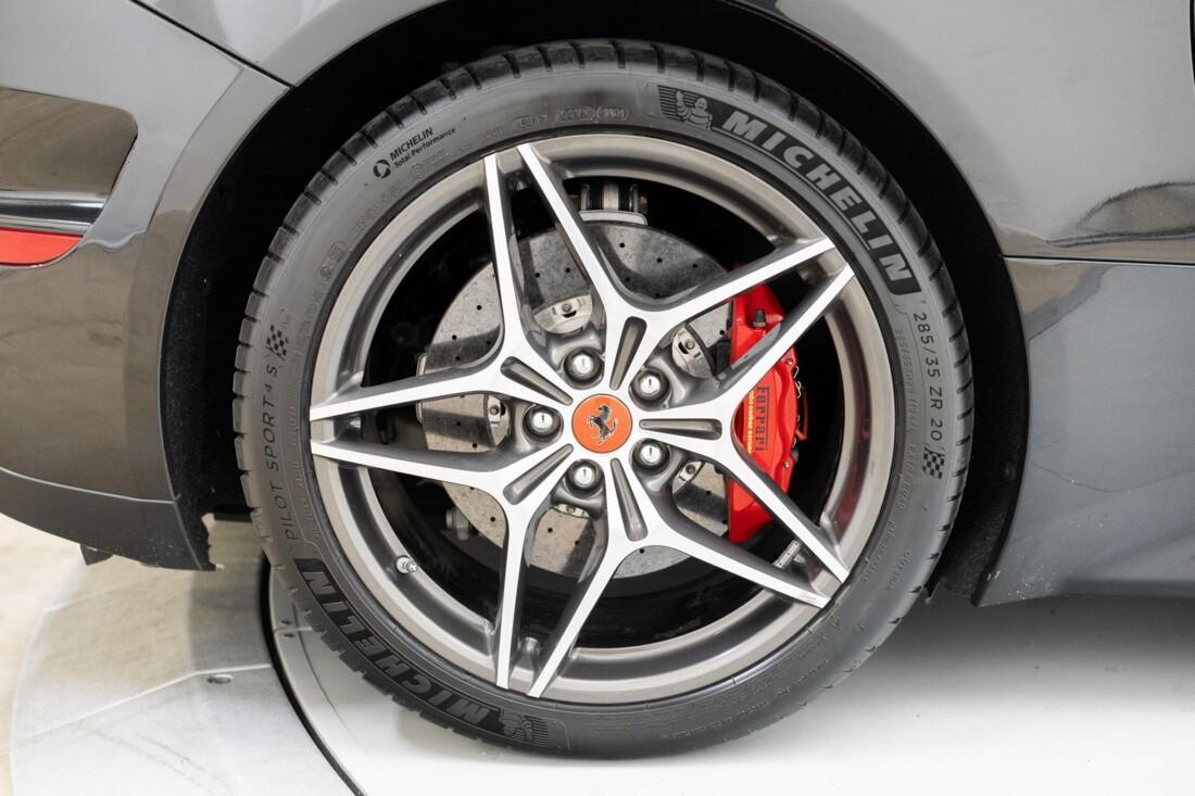 2016 Ferrari  California T image _614d7856cbc713.92180318.jpg