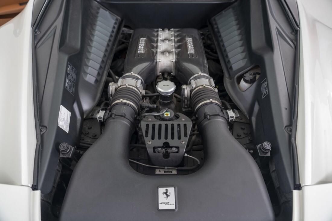 2012 Ferrari  458 Italia image _614d7921796918.02148194.jpg