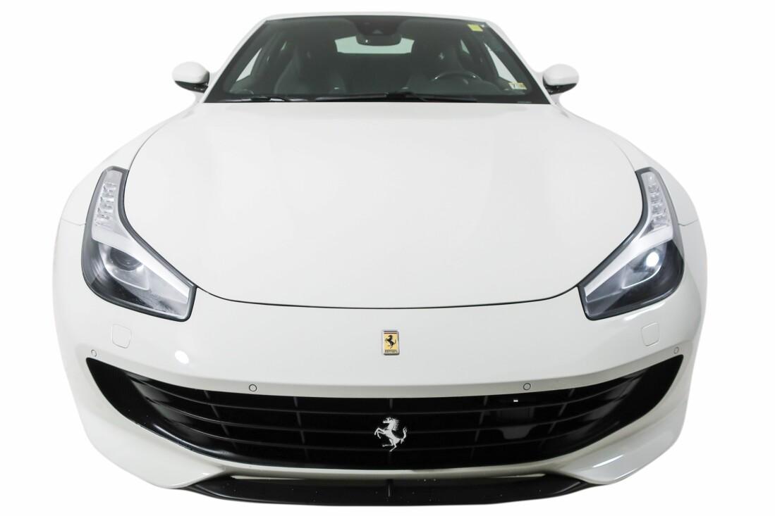 2020 Ferrari GTC4Lusso T image _614ec8f72d6e13.29893865.jpg