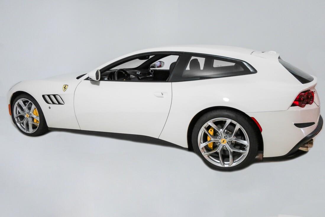 2020 Ferrari GTC4Lusso T image _614ec900e10f85.62439398.jpg