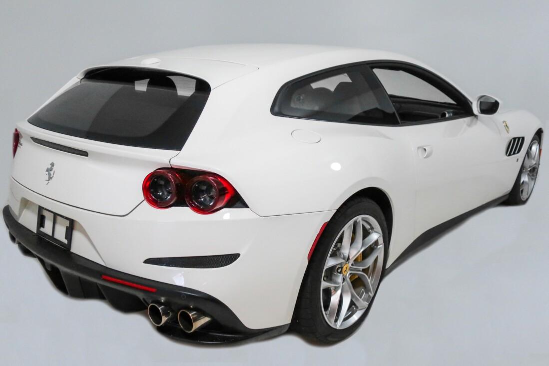 2020 Ferrari GTC4Lusso T image _614ec9042cdfb4.85296116.jpg