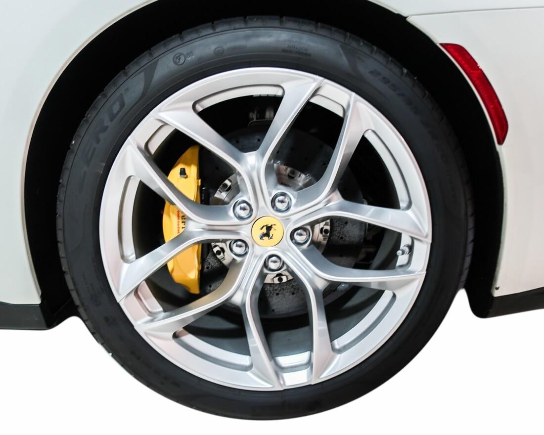 2020 Ferrari GTC4Lusso T image _614ec90d646f58.25804999.jpg
