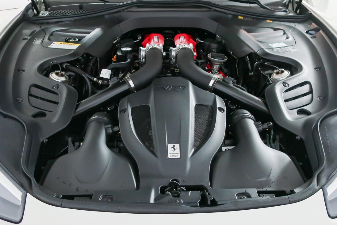 2020 Ferrari GTC4Lusso T image _614ec917ddf7b5.49214436.jpg