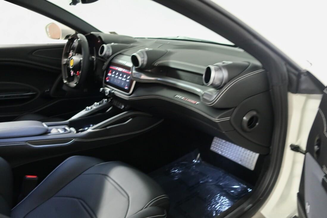 2020 Ferrari GTC4Lusso T image _614ec933ccfd47.49442668.jpg