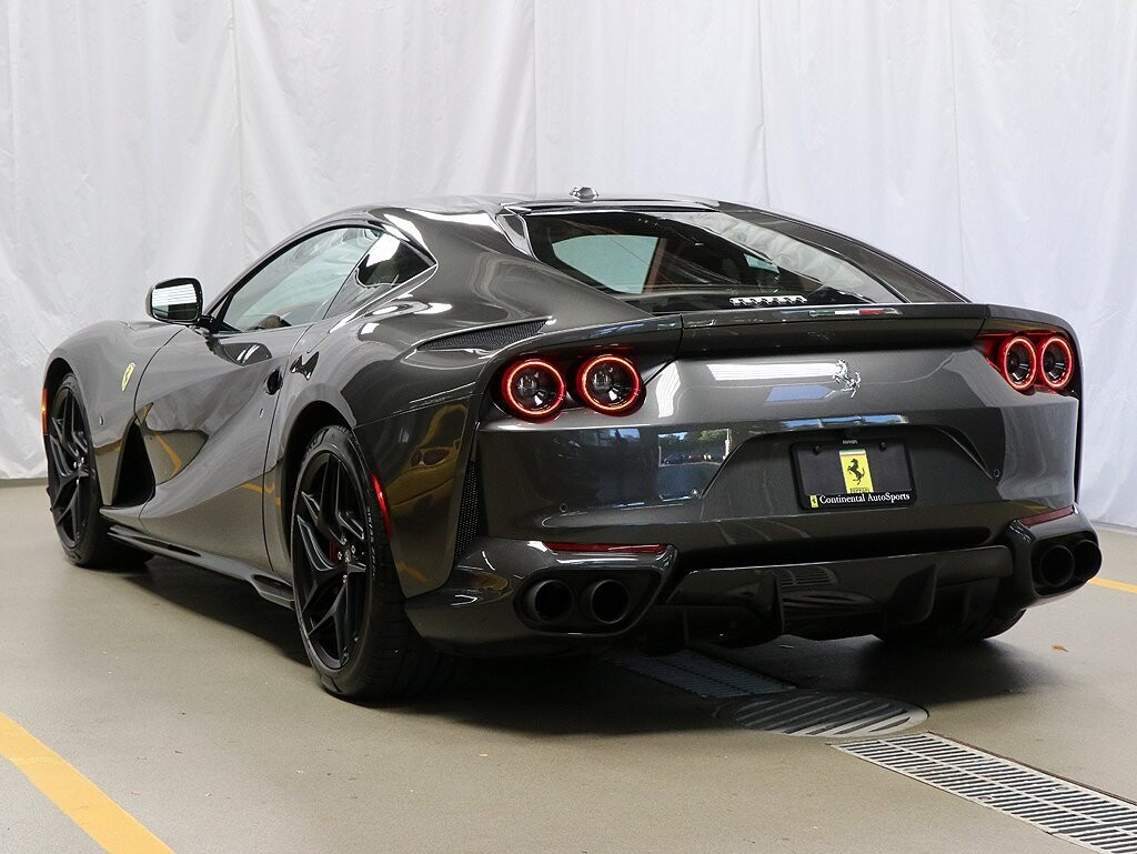 2019 Ferrari 812 Superfast image _614ec9938c06b2.83107050.jpg