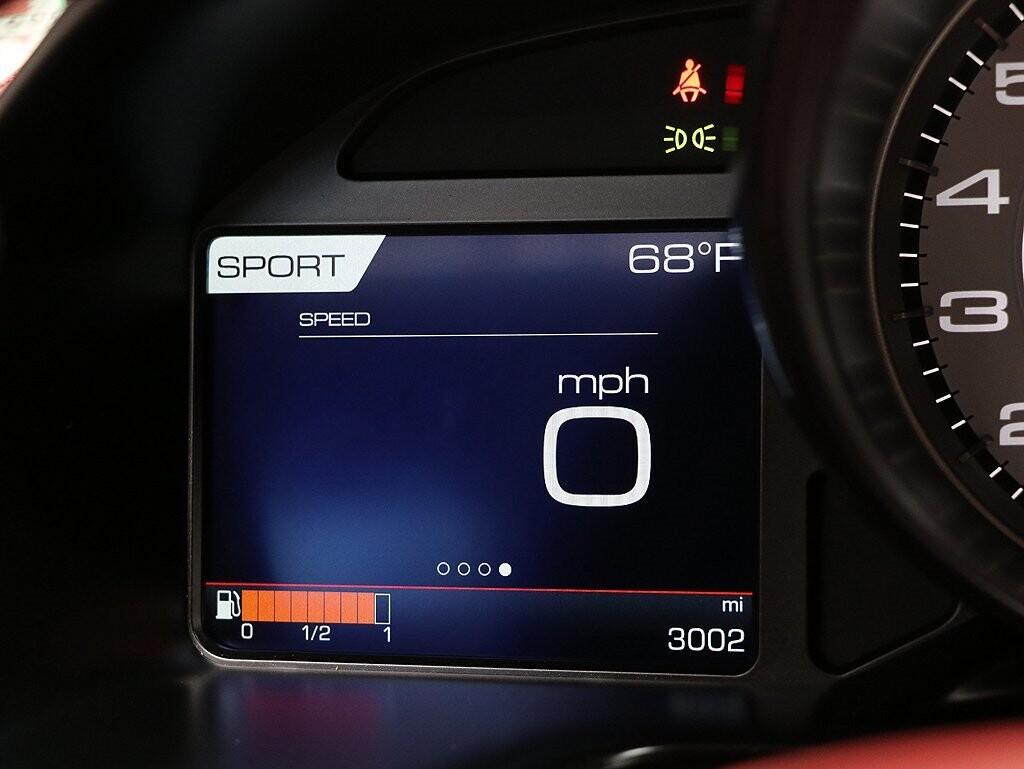 2019 Ferrari 812 Superfast image _614ec9a5674701.10973903.jpg