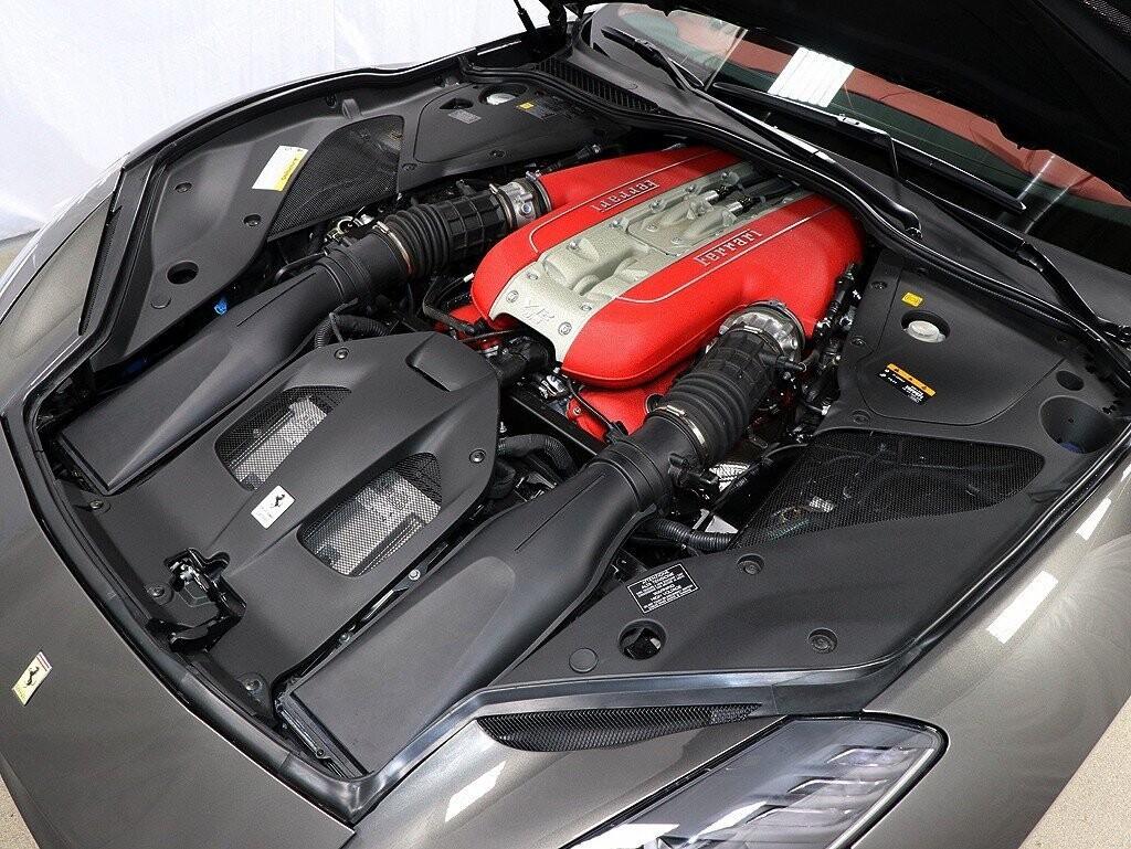 2019 Ferrari 812 Superfast image _614ec9b5322cb8.09588906.jpg