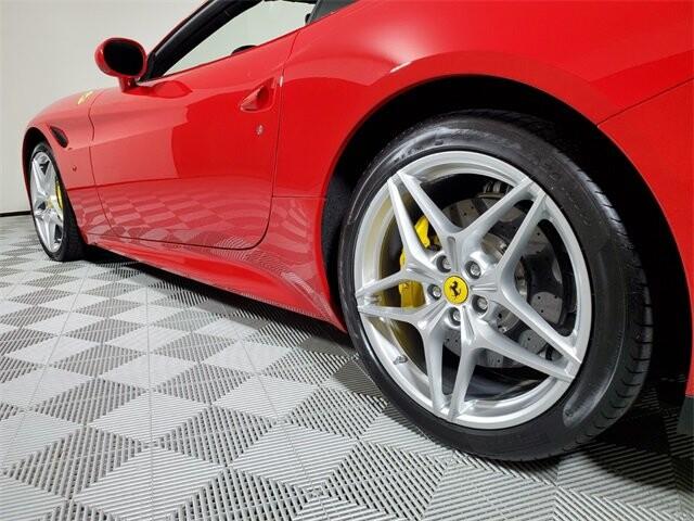 2015 Ferrari  California T image _614ec9bc732199.16750204.jpg