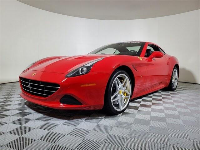 2015 Ferrari  California T image _614ec9bcdea1d4.50892337.jpg