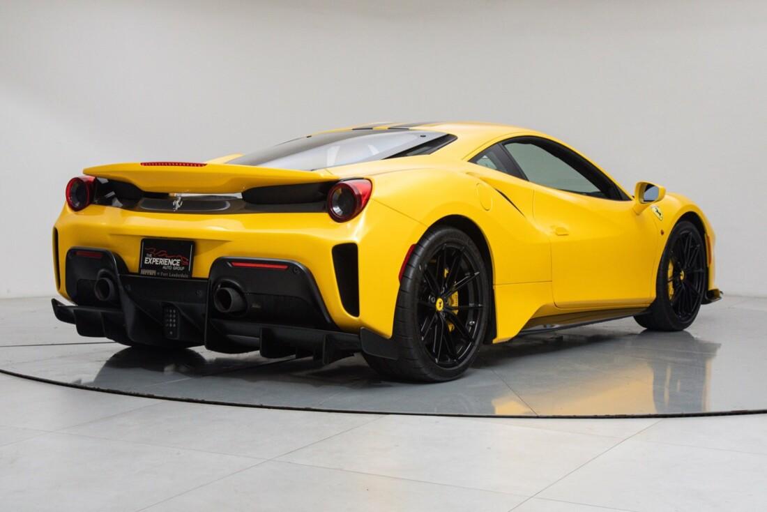 2020 Ferrari  488 Pista image _614eca278e02e0.75483206.jpg