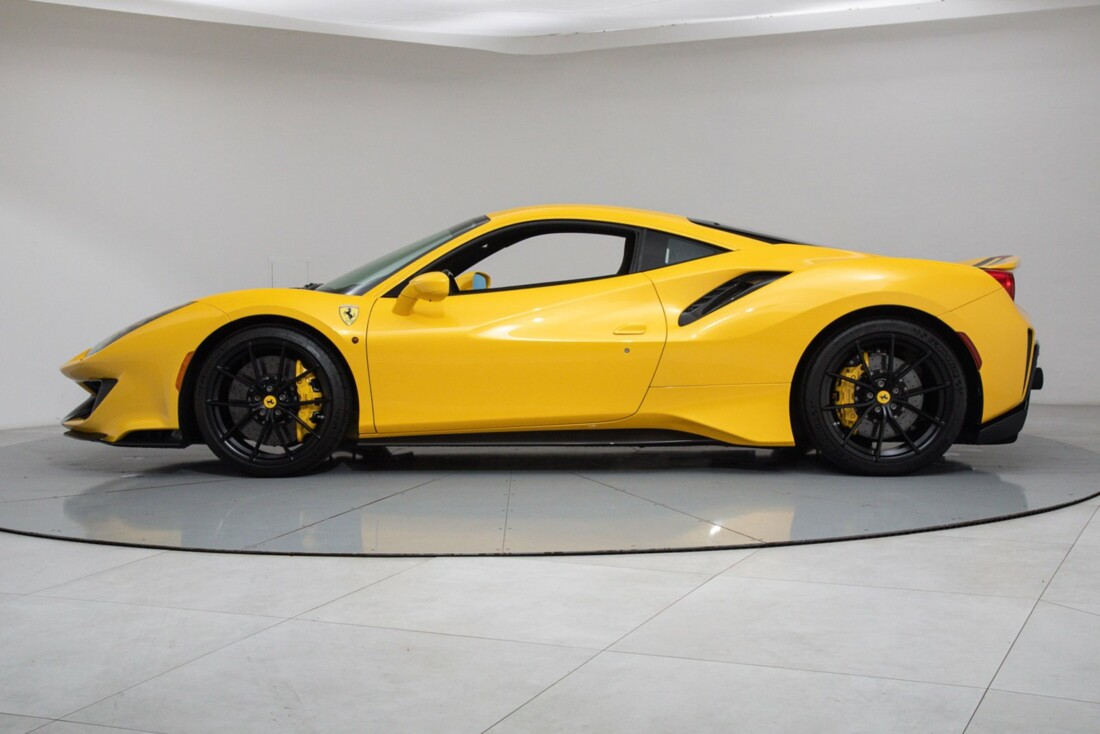 2020 Ferrari  488 Pista image _614eca2850f141.29045252.jpg