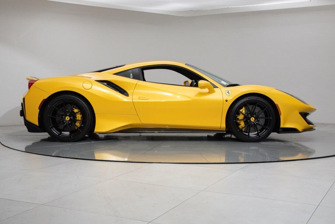 2020 Ferrari  488 Pista image _614eca2ce7cd05.12821206.jpg