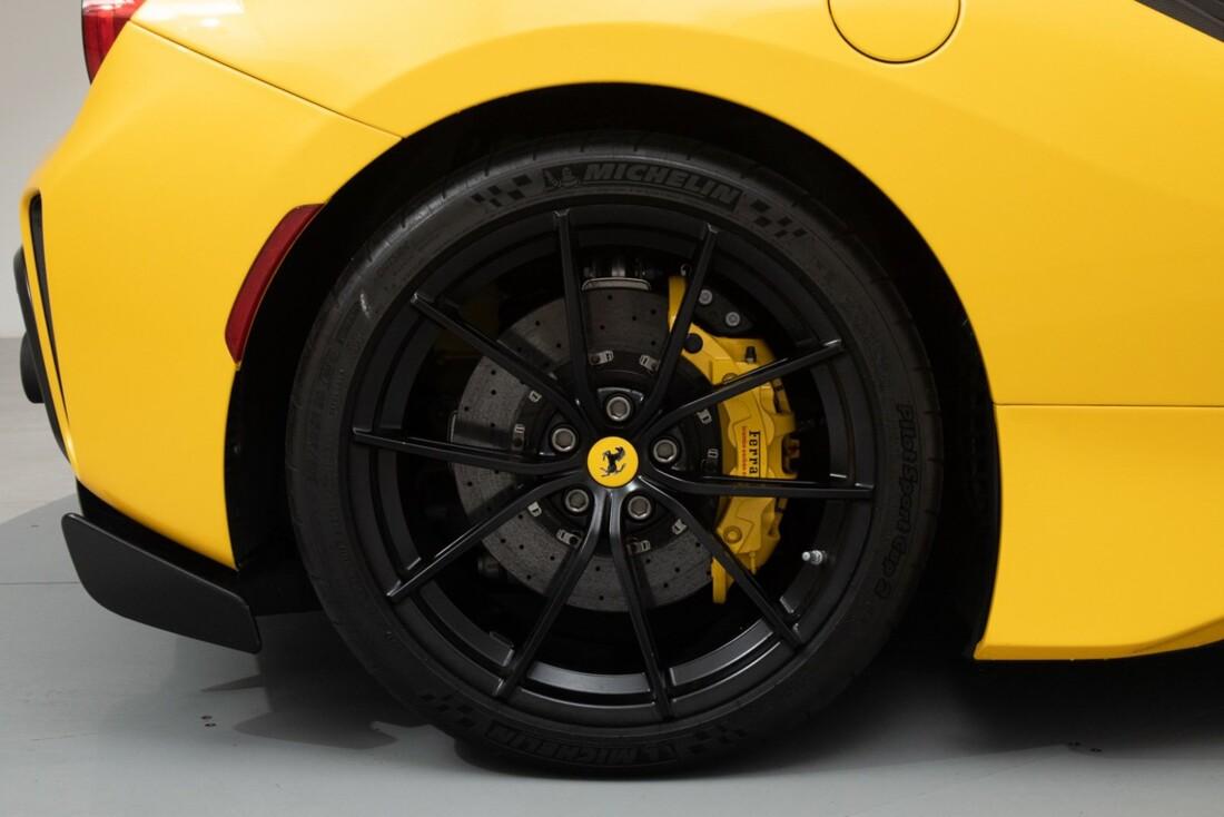2020 Ferrari  488 Pista image _614eca59a94337.76165906.jpg