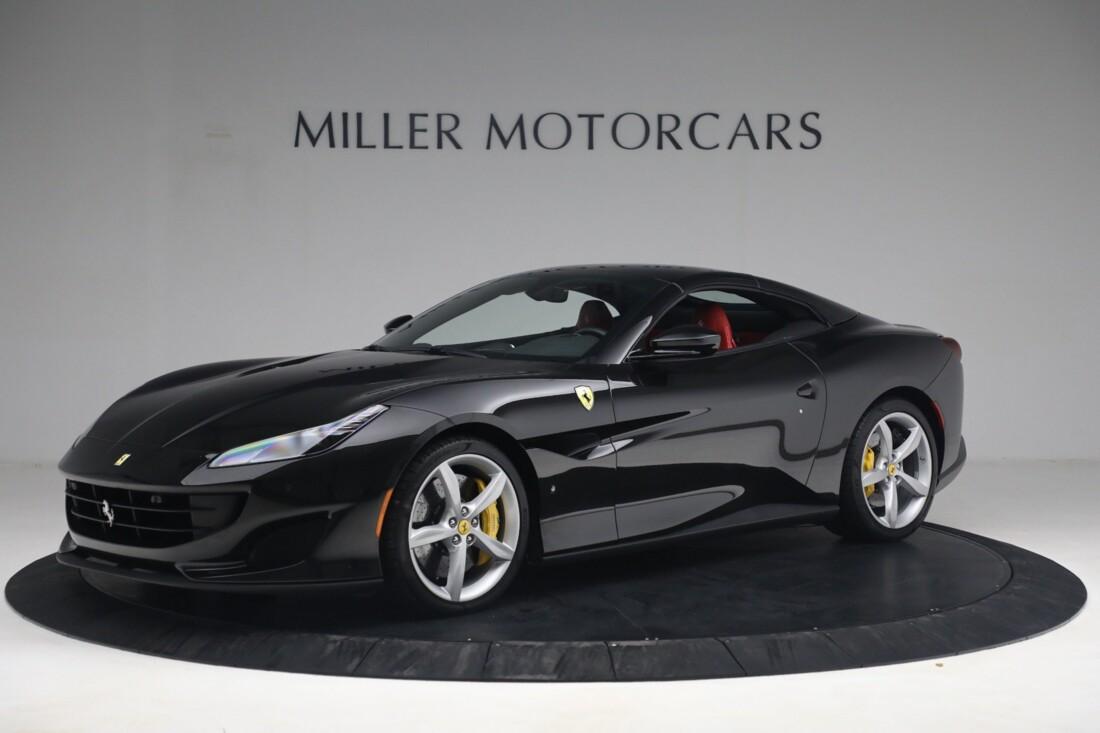 2019 Ferrari  Portofino image _614ecaa185a877.60867131.jpg