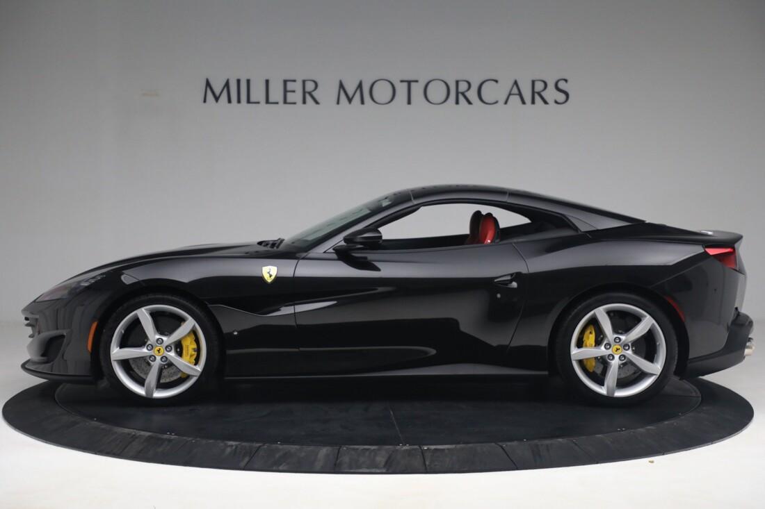 2019 Ferrari  Portofino image _614ecaa2668625.87527370.jpg