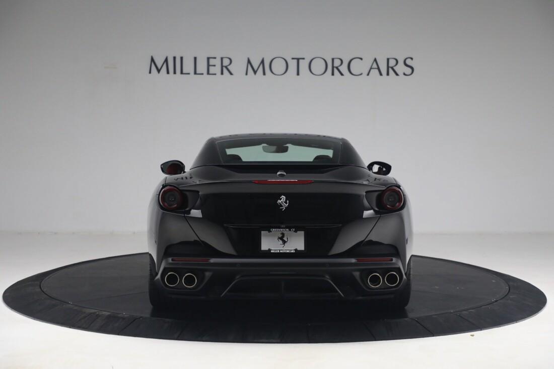 2019 Ferrari  Portofino image _614ecaa4dcc349.20428627.jpg