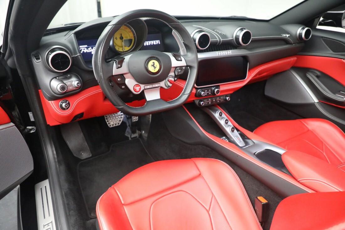 2019 Ferrari  Portofino image _614ecaaac56e73.99940255.jpg