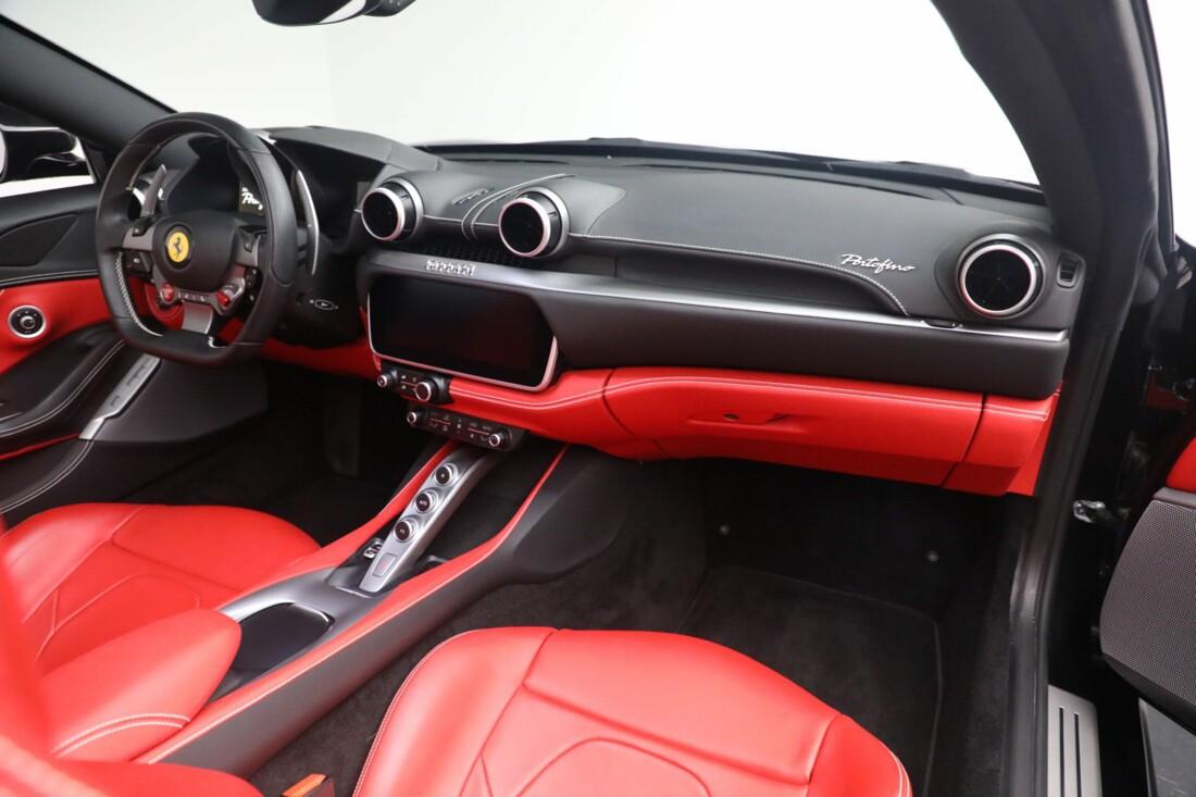 2019 Ferrari  Portofino image _614ecaaf7109c4.80115838.jpg
