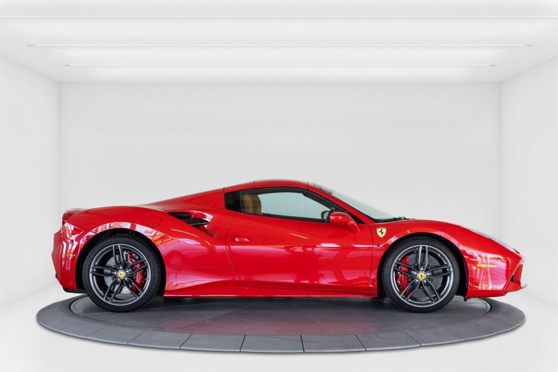 2018 Ferrari 488 Spider image _61501a7e7b1884.28192579.jpg