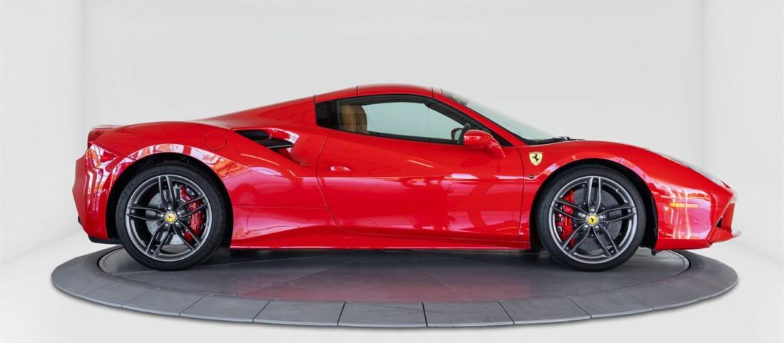 2018 Ferrari 488 Spider image _61501a8d094b12.27780972.jpg