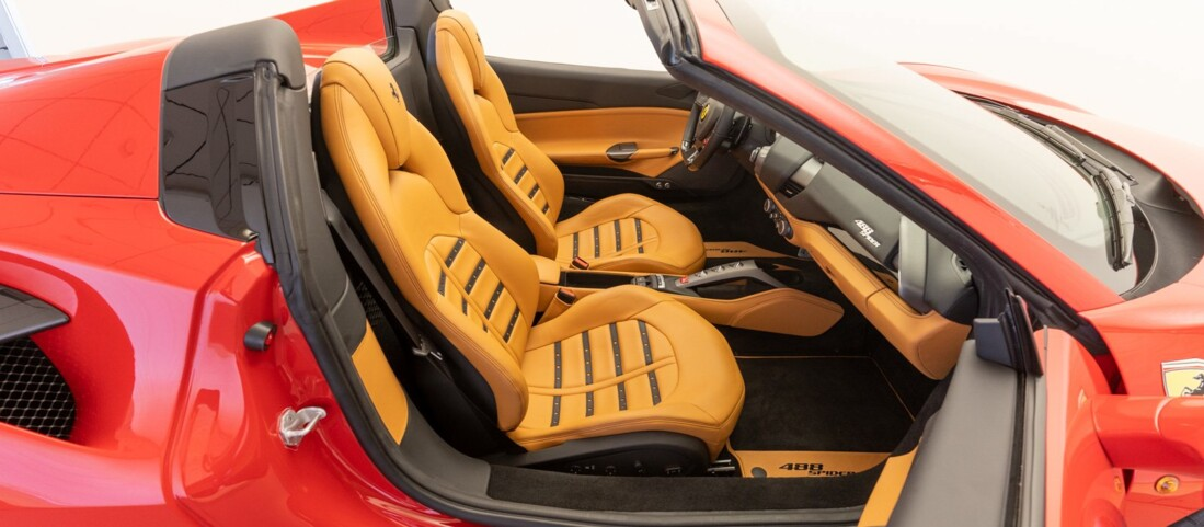 2018 Ferrari 488 Spider image _61501a8f5d0137.30180912.jpg