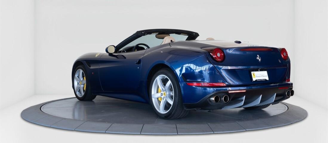 2015 Ferrari  California T image _61501aa8333fc7.46226138.jpg