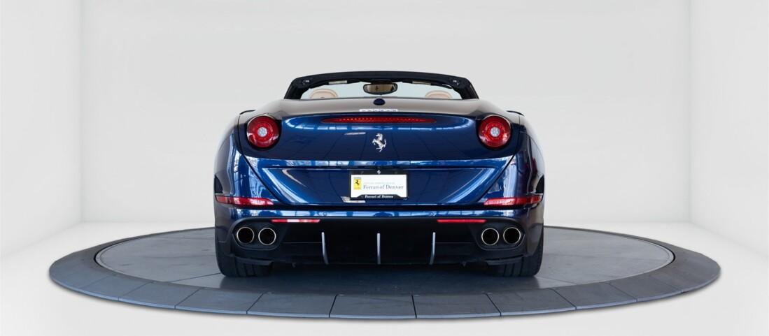 2015 Ferrari  California T image _61501aa8b4c593.43381400.jpg