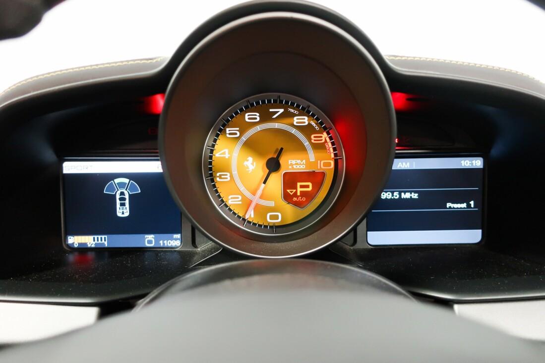 2014 Ferrari  458 Italia image _61501af827aaa7.58385372.jpg