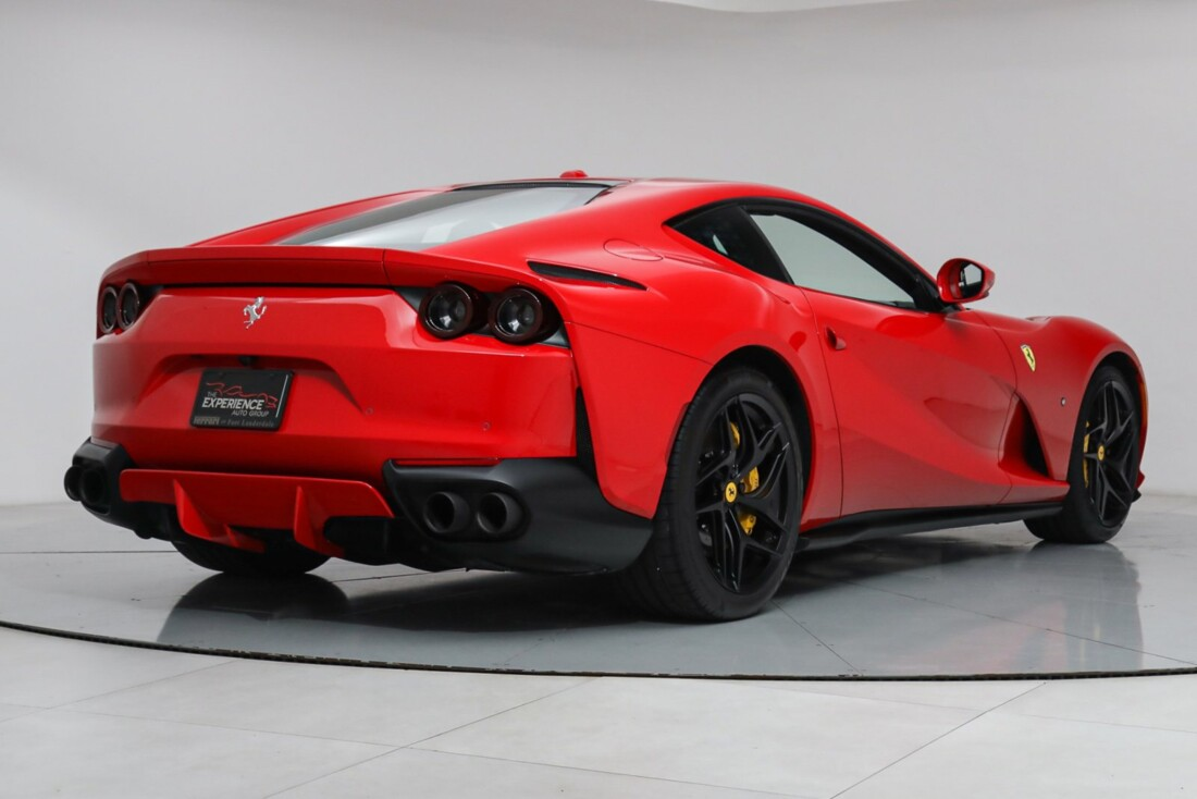 2020 Ferrari 812 Superfast image _61501b2c08ac34.65535826.jpg