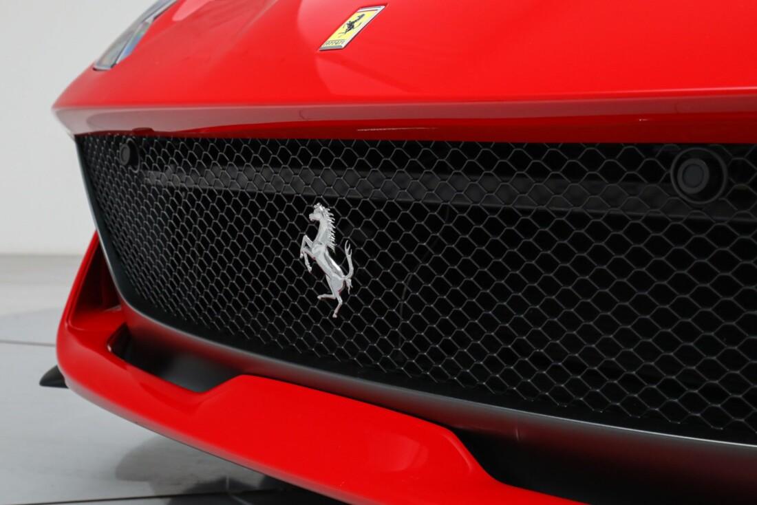 2020 Ferrari 812 Superfast image _61501b3327f395.42618465.jpg