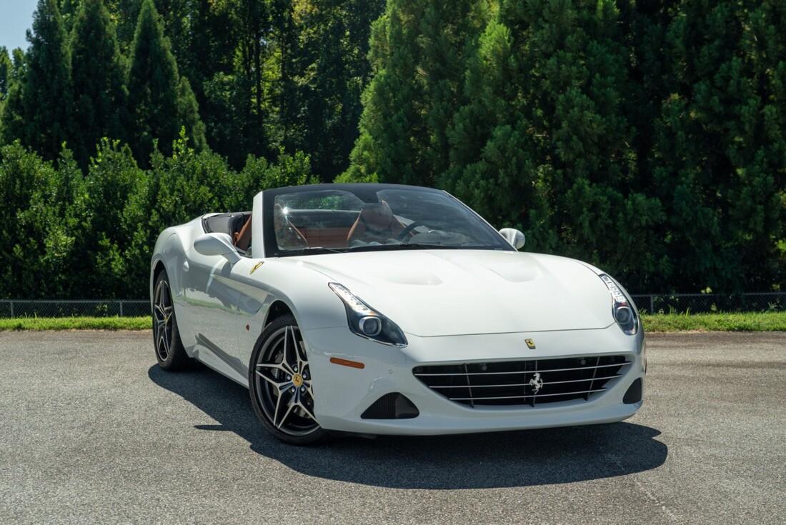 2016 Ferrari  California image _61501b4e679202.77348519.jpg