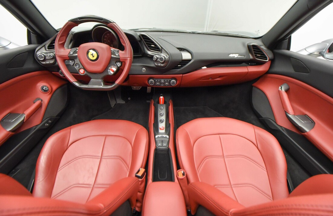 2018 Ferrari 488 Spider image _61501b82b06d76.35669907.jpg