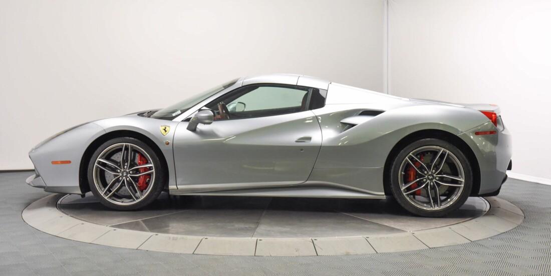 2018 Ferrari 488 Spider image _61501b9b1c80e2.79968559.jpg