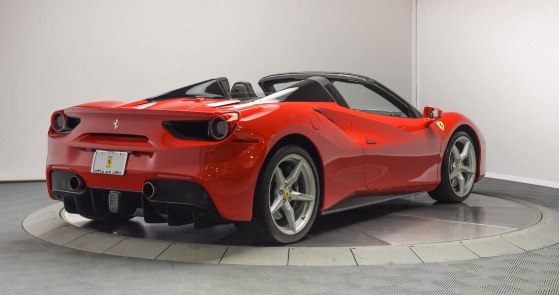2019 Ferrari 488 Spider image _61501ba68d5860.95159576.jpg
